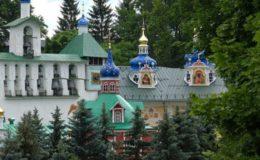 Псково-Печерский-монастырь-770×355
