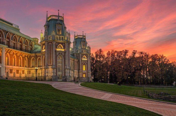 Москва к св. Матроне Московской + экскурсия + Царицыно! 4-7 июля