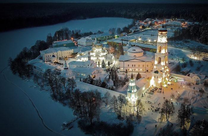 КАЗАНЬ, Раифа, Свияжск! На Ледовый Городок! 18-19 января!
